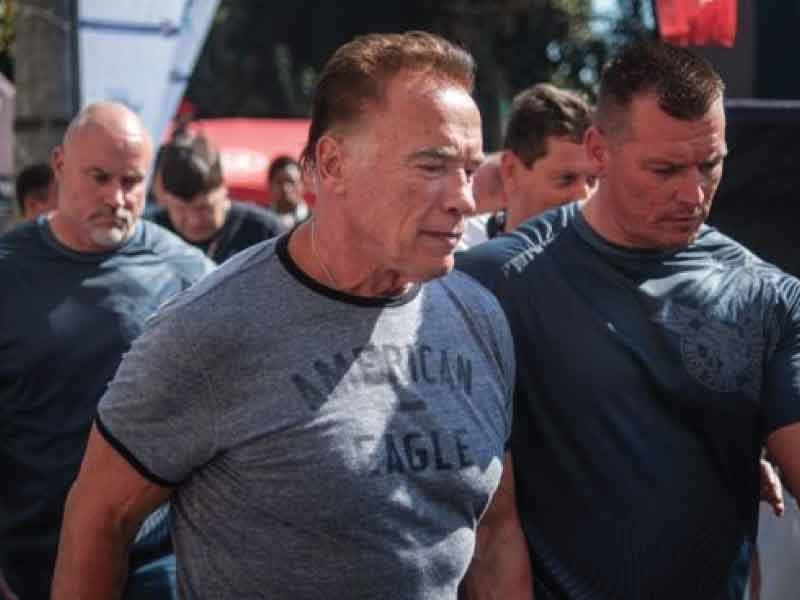 Hollywood Star Arnold Schwarzenegger gets attacked on an event.