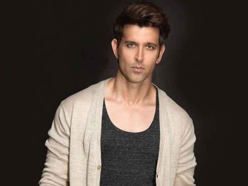 Hrithik Roshan donates Rs 3 lakh to the ballet dreams of e-rickshaw driver's son