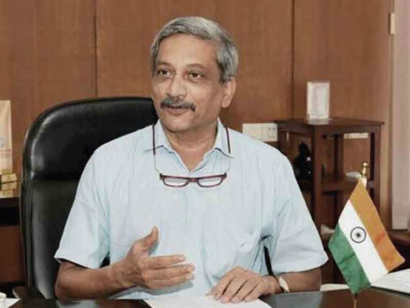 Manohar Parrikar's demise: Celebrities expresses their condolences.