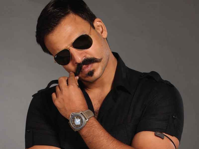 Vivek Oberoi in Trouble: Maharashtra State Commission for Women to act against Vivek for his objectionable tweet.