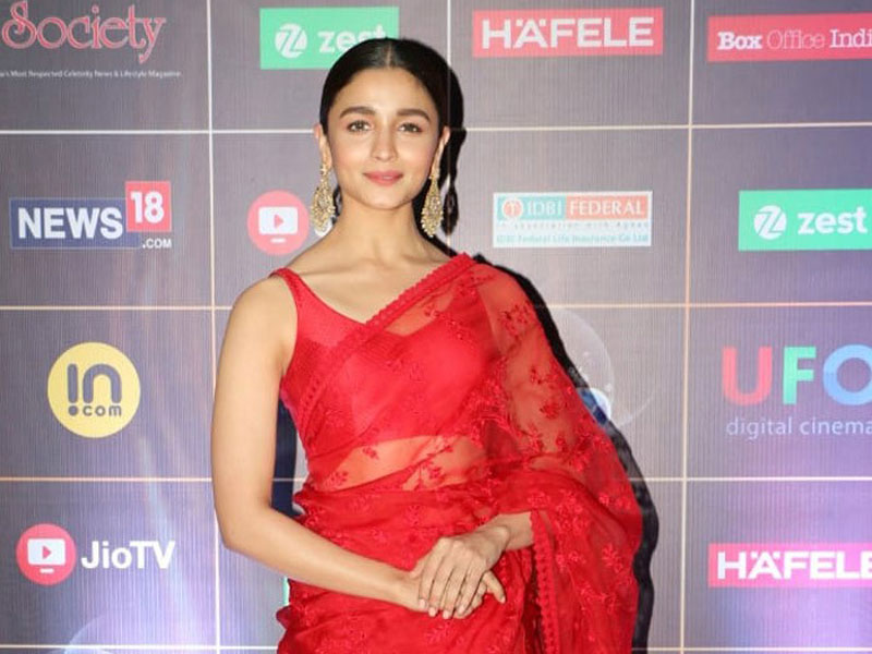 Alia Bhatt bags yet another award for Best Actress