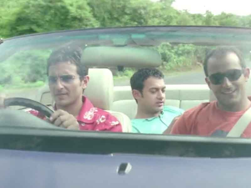 Celeberating 18 Years of 'Dil Chahta Hai' : The film which gave a new dimension to friendship films, How Well Do You Know About DCH?