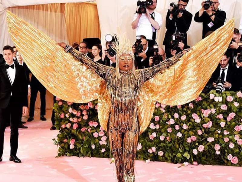 45 celebrities and their outfits at the met gala!