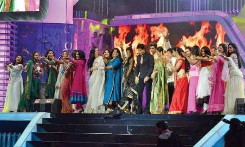 Shah-rukh-khan-rimi-tomy-asianet-film-awards-2012-2018-vidya-balan-asin